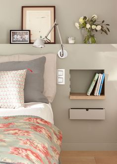 For big or small bedrooms a simplebeautiful and original bedside table! - Architecture and Home Decor - Bedroom - Bathroom - Kitchen And Living Room Interior Design Decorating Ideas - Home Bedroom, Bedroom Furniture, Bedroom Decor, Bedroom Ideas, Bedroom Inspiration Cozy, Custom Furniture, Bedroom Wall, Wall Decor, Small Room Design