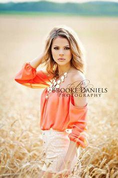 teenage girl diy photo shoot | senior portrait by my friend Brooke! Love your work girl!!