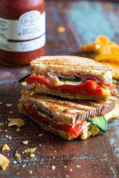 Dudefood Tuesday: Spicy grilled sandwich posted by Tom Gerrets on August 2015 0 comments Sandwiches, Tea Snacks, Grilled Sandwich, Sandwich Recipes, Dutch Recipes, Good Foods To Eat, High Tea, Spicy, Easy Meals