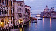 """<П> <спан цласс = """"с1""""> <стронг> # 05 </ стронг> </ п> <стронг> Венеција & ндасх;  Италија & нбсп;  - Топ 10 најсликанију места у Европи </ стронг> </ п>"""