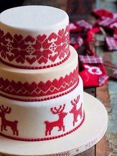 Winter cake that looks like Nordic Reindeer Sweater ---- Cake Wrecks Christmas Wedding Cakes, Christmas Cake Decorations, Christmas Sweets, Holiday Cakes, Noel Christmas, Christmas Goodies, Christmas Baking, White Christmas, Reindeer Christmas