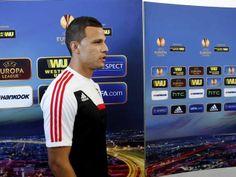 :.: Lima: «Espero marcar mais uma vez ao Sevilha» - Benfica - Jornal Record :.: