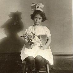 Little Reader 1920's School Portrait by BallyDingRevue on Etsy, $18.00