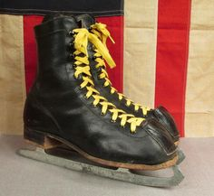 Vintage Canadian Flyer Leather Padded Toe Ice Skates Sz 8 Antique Figure Skating   eBay