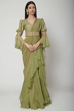 Olive Green Embroidered Draped Saree Set Design by Ridhi Mehra at Pernia's Pop Up Shop Party Wear Indian Dresses, Designer Party Wear Dresses, Dress Indian Style, Indian Wear, Wedding Dresses, Fancy Dress Design, Fancy Blouse Designs, Designs For Dresses, Indian Bridal Fashion