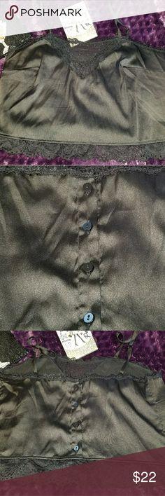 Brandy Melville   Cropped cami ☆ Very sexy satin and lace ☆ Cropped camisole Brandy Melville Tops Camisoles