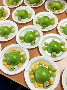 Healthy Sea Turtle Snacks for Kids – 🌿 T. Healthy Sea Turtle Snacks for Kids Hello everyone, Today, we have shown 🌿 T. Healthy Sea Turtle Snacks for Kids – Crafty Recipes Cute Snacks, Healthy Snacks For Kids, Cute Food, Healthy Eating, Yummy Food, Fruit Snacks, Cute Kids Snacks, Lunch Snacks, Fun Fruit