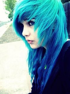 I found 'Pretty Blue Hair' on Wish, check it out!