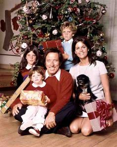 Andy Williams family Christmas, wife Claudine Longet, and children, Noelle, Christian, and Robert.