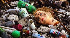 Les déchets de plastique polluent nos plages, nos déchetteries, nos rivières et nos océans. Heureusement, voici 16 choses simples que vous pouvez faire pour réduire vos déchets en plastique dès maintenant. Découvrez l'astuce ici : http://www.comment-economiser.fr/reduire-dechets-plastique-au-quotidien.html?utm_content=buffer5a37c&utm_medium=social&utm_source=pinterest.com&utm_campaign=buffer