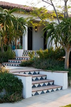 Spanish style – Mediterranean Home Decor Luxury Mediterranean Homes, Mediterranean Architecture, Mediterranean Decor, Landscape Architecture, Landscape Design, Landscape Steps, Spanish Style Homes, Spanish House, Outdoor Tiles