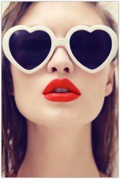 17 Looks with Fashion sunglasses. Glamsugar.com Vintage Fashion, Pin Up Girl Style