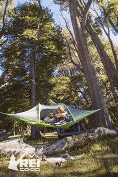 Like a portable tree house, the TENTSILE Stingray Tree tent suspends from trees to become an above-the-ground basecamp for 3 people, providing protection from insects, snakes and bothersome animals. Camping And Hiking, Camping With Kids, Family Camping, Camping Hacks, Camping Ideas, Backpacking, Camping Essentials, Camping Store, Outdoor Fun