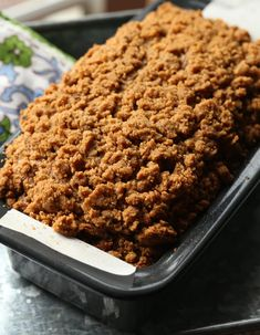 Banana Bread Pumpkin Banana Bread with the most buttery, crumb topping. This is my favorite fall bread right now!Pumpkin Banana Bread with the most buttery, crumb topping. This is my favorite fall bread right now! Coconut Banana Bread, Pumpkin Banana Bread, Easy Banana Bread, Chocolate Chip Banana Bread, Quick Bread Recipes, Best Dessert Recipes, Fun Desserts, Delicious Desserts, Yummy Recipes