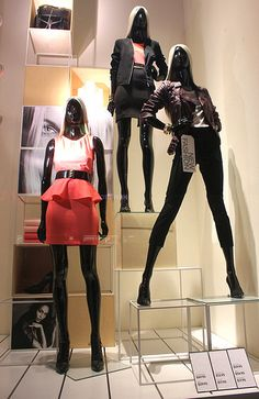 """H&M New Fashion,""""into the Square and out of the Box"""", pinned by Ton van der Veer"""