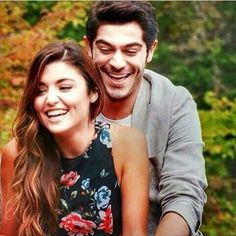 Cute Couple Poses, Cute Love Couple, Best Couple, Cute Couples, Couple Dps, Dc Couples, Couples Images, Murat And Hayat Pics, Most Handsome Actors