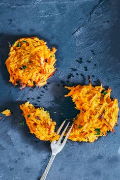 The next time you need an afternoon snack that will actually give you energy and won't have you crashing at your desk, try these three ingredient sweet potato bites. They are high in fiber and naturally detoxifying phytonutrients and are every bit as satisfying as less health potato dishes, like French fries. Make them in batches and keep them on hand throughout the week for smart snacking.