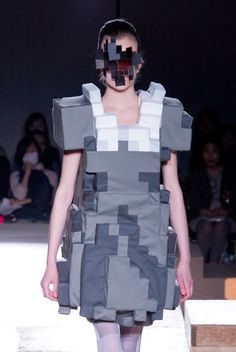 Pixel fashion - Anrealage's 2011 collection designed by Kunihiko Morinaga