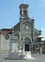 PRATO : cattedrale di Santo Stefano  situata in Piazza del Duomo.