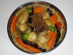 Thiéboudieune, le mets le plus célèbre de la cuisine sénégalaise, le plat national Gambian Food, Nigeria Food, Puff Pastry Appetizers, West African Food, Mets, Rice Dishes, I Love Food, Soul Food, Food To Make