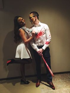 Easy DIY Halloween Costumes for Women to Make - The Purge Cute Couple Halloween Costumes, Pretty Halloween, Halloween Kostüm, Halloween Outfits, Couple Costume Ideas, Halloween Makeup, Halloween Disfraces, Goals, Halloween Parejas