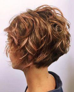 10 peinados desordenados para cabello corto actualización de corte y color de cabello corto Short Curly Hair, Short Hair Cuts, Curly Hair Styles, Curly Pixie, Medium Curly, Short Blonde, Thick Hair, Messy Pixie Haircut, Choppy Hair