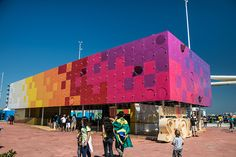 estudio guto requena interactive dancing pavilion rio olympics designboom