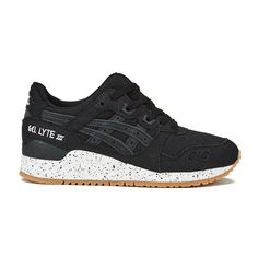 Asics Unisex Gel-Lyte III 'Oxidized Pack' Trainers ($140) ❤ liked on Polyvore featuring shoes, sneakers, black, lace up sneakers, black shoes, retro sneakers, asics sneakers and leather low top sneakers