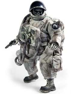 Dead Astronaut Gangsta (White Edition) is a Designer toy designed by Ashley Wood and manufactured by Threea in 2013 Character Art, Character Design, Ashley Wood, Space Toys, Space Pirate, Custom Action Figures, Vinyl Toys, Designer Toys, Dieselpunk