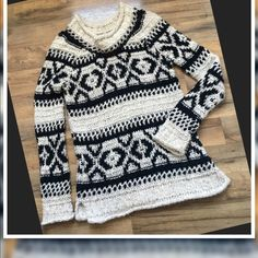 Free People Oversized Sweater Free People Oversized Sweater Size:S Color: Oatmeal/Black.. Just Handwashed and air dried...This is the perfect go to sweater for leggings and boots! This is a fuzzy sweater with minimal piling ✨ But the sweater does have a fuzzy feel and appearance. No holes or stains 45%Acrylic/18%Wool/12%Cotton/10%Nylon/7%Linen/5%Alpaca/1%Mohair Free People Sweaters