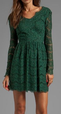 Love this Emerald lace dress. Perfect for a Holiday Party.