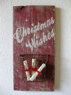 Reclaimed Barn Wood and Salvaged Metal by PhloxRiverStudio on Etsy Pallet Christmas, Noel Christmas, Primitive Christmas, Christmas Signs, Country Christmas, Christmas Projects, Winter Christmas, Christmas Decorations, Christmas Ideas