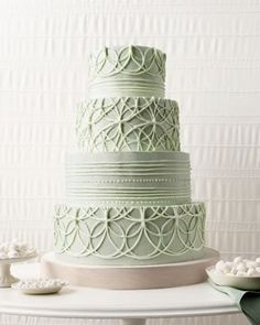 Gorgeous green wedding cake!