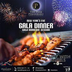 """Dalam perayaan tahun baru di The Peak dengan tema """"Party with Angel """" juga menyajikamn ultimate gala dinner with barbecue buffet dan hiburan yang tanpa henti... 20 variasi barbecue buffet yang disediakan dan sepuasnya... Ayojangan sampe ketinggalan merayakan tahun baru di Spot tertinggi di Sumatra.  For more information please call us (0761) - 861122  #skygardenpku #thepeakpku #oldnew #countdown #party #newyearseve #newyear #pekanbaru #bbq #Regrann"""