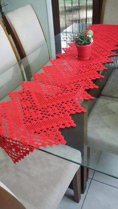 Best way to advertise you interior design business – Crochet Filet Christmas Crochet Patterns, Crochet Doily Patterns, Crochet Squares, Crochet Doilies, Crochet Flowers, Crochet Stitches, Diy Crafts Crochet, Crochet Home, Crochet Projects