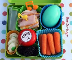 An easy Dr.Seuss Bento including green egg and ham from Bento-logy!