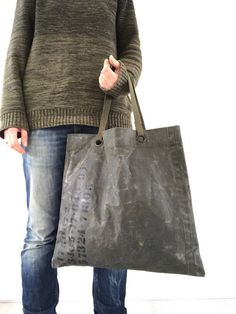 Recycled Dutch military tote bag / nr. 4 / waxed