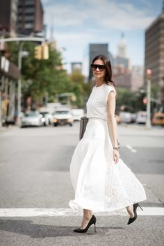 Leila Yavari in all white #StreetStyle