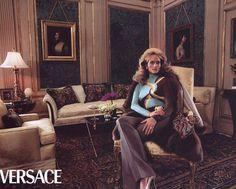 Georgina Grenville & Amber Valletta for Versace fall 2000 by Steven Meisel Donatella Versace, Gianni Versace, Georgina Grenville, Amber Valletta, Celebrity Hair Stylist, Steven Meisel, Pop Fashion, Supermodels, Pop Culture