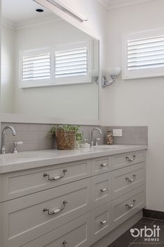 Hamptons style Ensuite, cabinetry by Nest Living