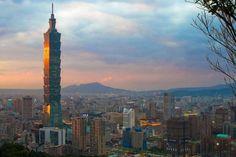 La Oficina Económica y Cultural de Taipei (Taiwán) en México, ofrece becas a los alumnos de licenciatura, maestría y doctorado que deseen cursar una estancia académica en esta isla asiática, ...