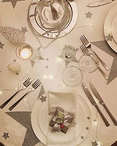 New Years Eve table decor Stars