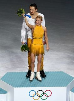 Figure Skating - Pairs Free Program - Tatiana Volosozhar and Maxim Trankov - Russia - Gold Medallists Winter Olympic Games, Winter Olympics, Aliona Savchenko, Tatiana Volosozhar, Yulia Lipnitskaya, Gracie Gold, Team Events, Olympic Athletes
