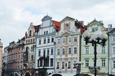 @liebeundreise • Instagram photos and videos Prague Travel, Colourful Buildings, Czech Republic, Prague Czech, Mansions, Photo And Video, House Styles, Photos, Colorful