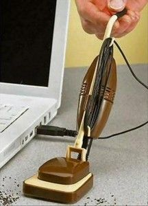 Crumb mini usb vacuum (shut up and take my money!!!!!!)