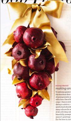 holiday pomegranate door swag {martha stewart}