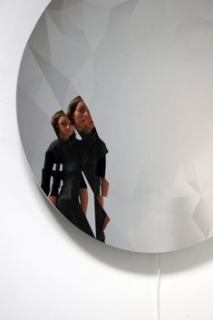 Jeppe Hein, Me and the Surroundings, 2013, high polished stainless steel (super mirror), motor, powder-coated steel,transformers, 150 cm diameter