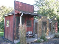 I have been wanting to do this with critter homes/sheds for quite a while...still want to.