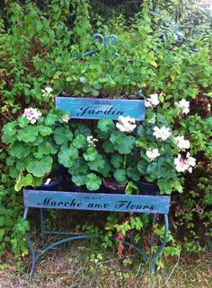 Inspirere deg til lagspill med naturen Outdoor Furniture, Outdoor Decor, Organic Gardening, Home Decor, Decoration Home, Room Decor, Organic Farming, Home Interior Design, Backyard Furniture