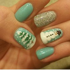 "Brrrrr it's cold outside!  Warm up with some ""Winter"" nails by Taisly @seasonssalonanddayspa @taislysnails #handpainted #nailart #naildesigns #gelpolish #glitter #nails #utahnails #oremnails #fullset #acrylic #gel #Padgram"